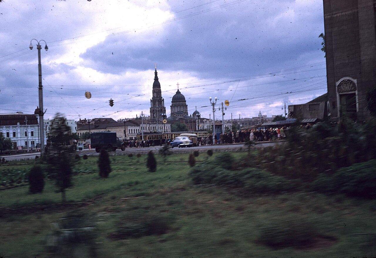 Вид на Благовещенский собор с расстояния