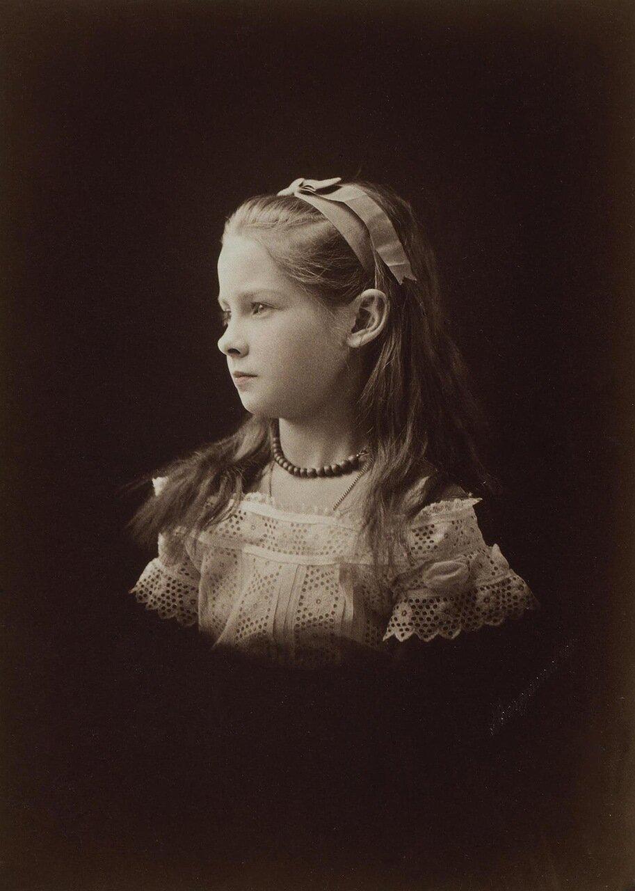 Портрет Зинаиды Николаевны Юсуповой в возрасте пяти лет. 1865