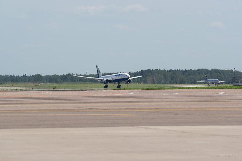 Boeing 777-2Q8/ER (VP-BLA) Orenair D805896