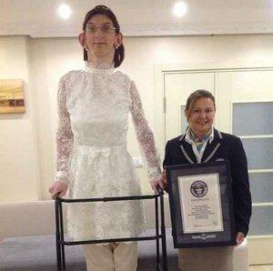 Самой высокой девушкой в мире стала 11-классница из Турции