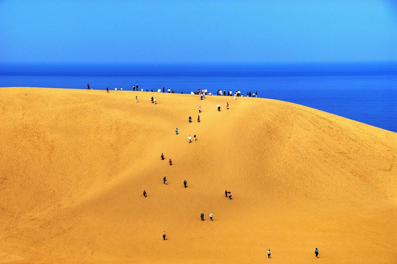 2 Марокко, скажете вы? Ан нет! Чарские пески. Это пустыня, которая находится в четырех десятках кило