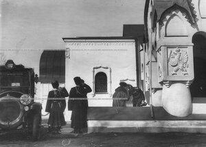 Прибытие императрицы Александры Федоровны к богослужению по случаю праздника полка в Федоровский собор иконы Божией Матери .