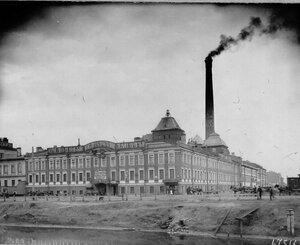 Внешний вид здания водочного завода общества Келлер и К° (Обводный канал, д.92; Заозерная, д.10).