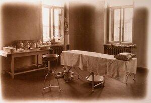 Вид части перевязочной комнаты госпиталя.