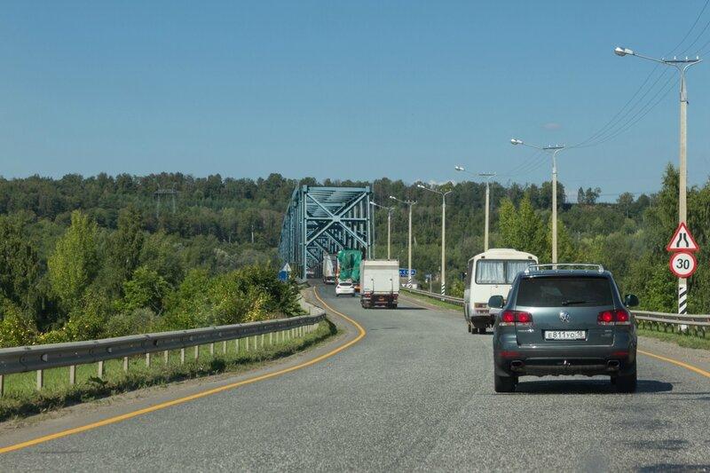 Мост через реку Суру в Чувашии