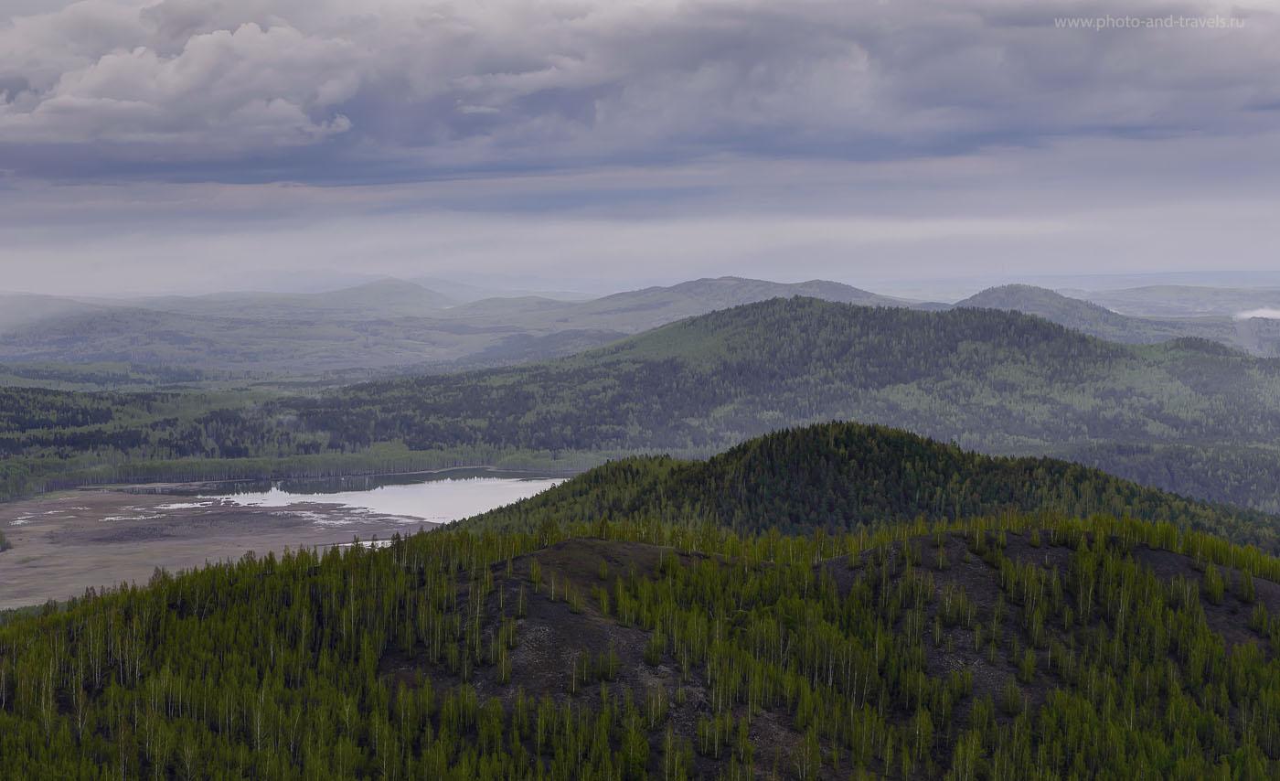 27. Вид на горы Собачьи горы (HDR из трех снимков) со стороны Поклонного креста в Карабаше