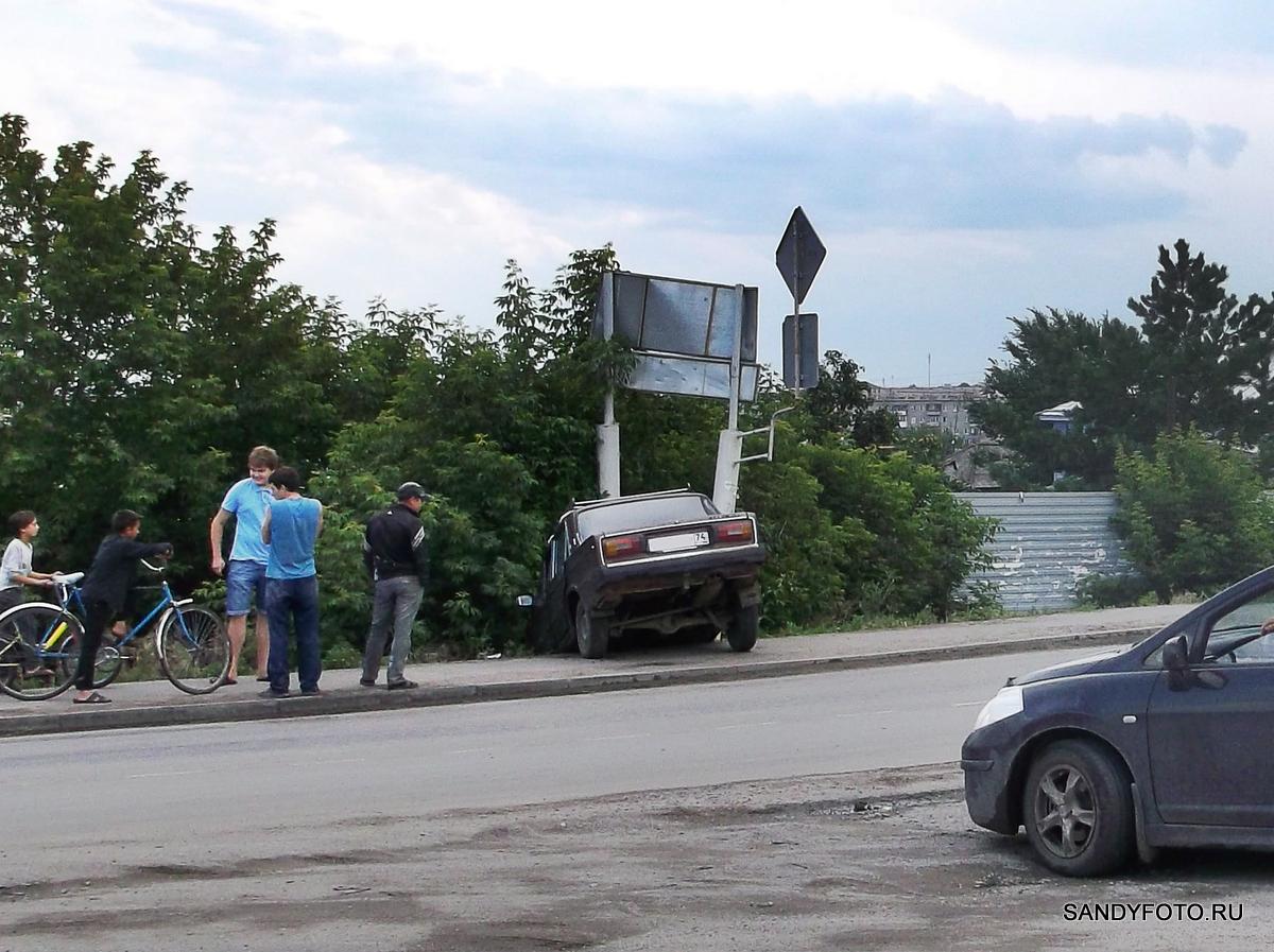 ДТП на улице Краснопартизанская
