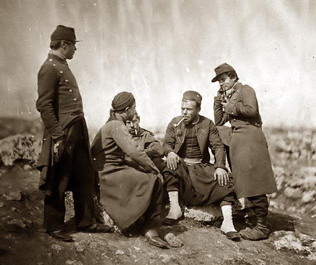 soldiers-Zouaves-line-the.jpg
