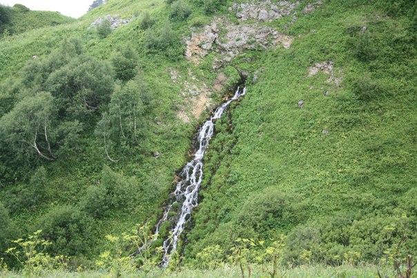 Отдых в горах Адыгеи - водопад Оштен