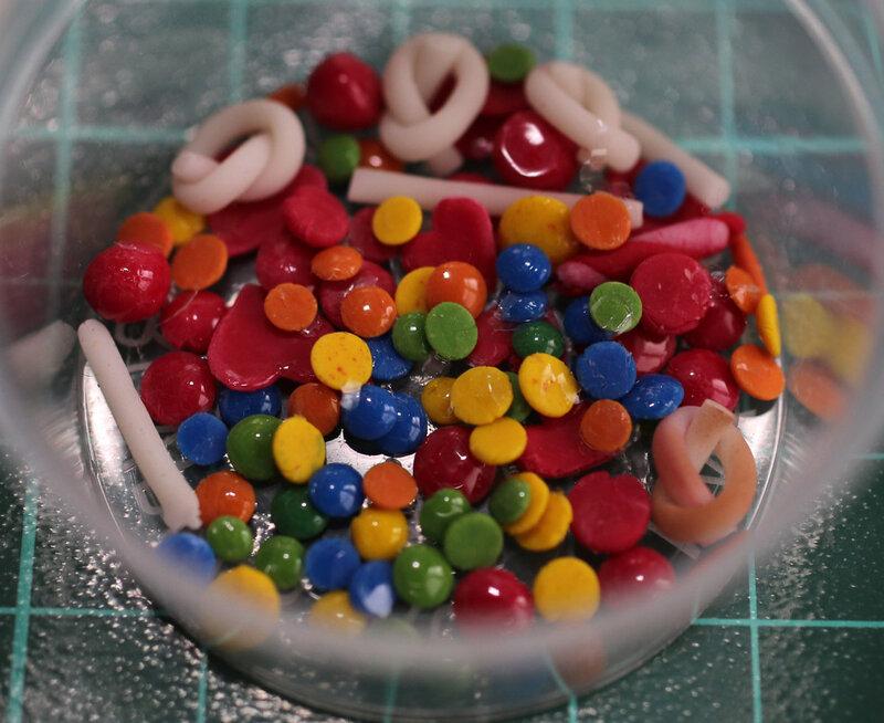 3.04 Цветные пуговки