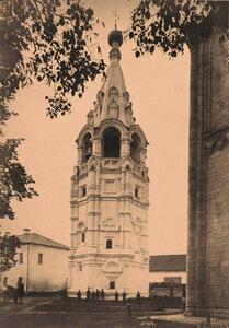 Вид колокольни Богородице - Рождественского мужского монастыря,основанного в 1191 г. Владимир-на-Клязьме г.