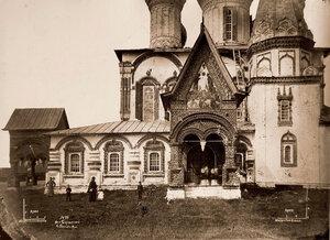 Вид части южного фасада церкви Иоанна Златоуста в Коровниках. Ярославль г.