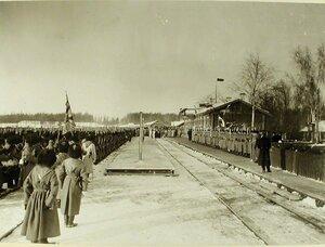 Солдаты 157-го Имеретинского и 158-го пехотного Кутаисского полков на перроне вокзала ,в ожидании прибытия императора Николая II