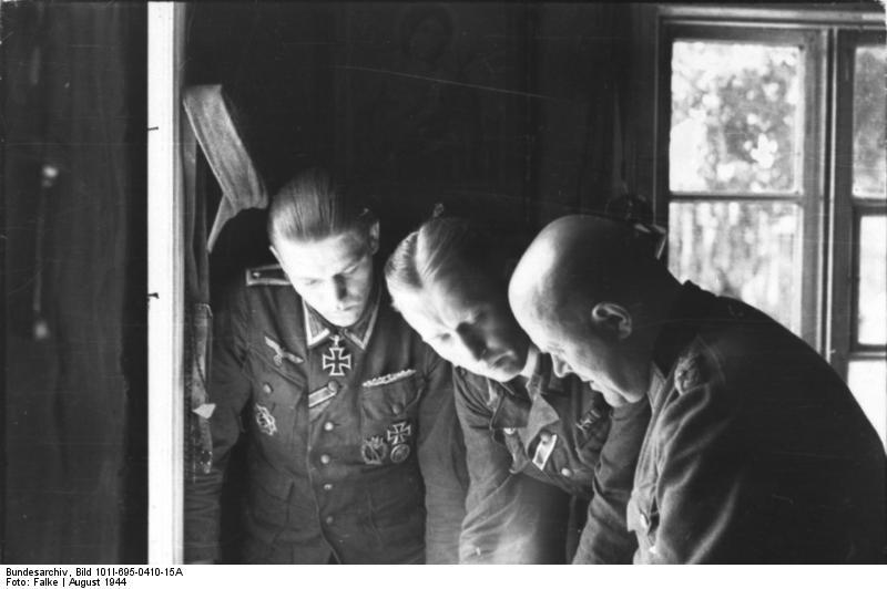 Warschauer Aufstand, Lagebesprechung
