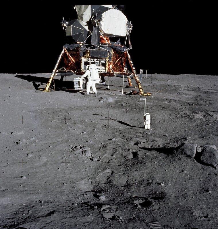 любые части фото луны с космического аппарата получились