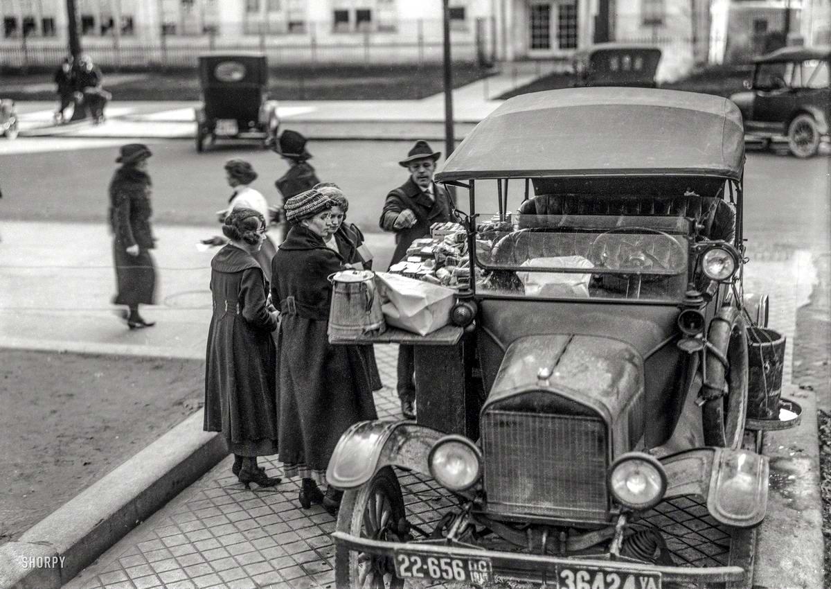 Автолавка уличной продажи сэндвичей и бутербродов в обеденное время (Вашингтон, 1919 год) - 2