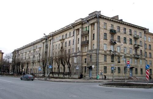 Октябрьская наб. 100к1