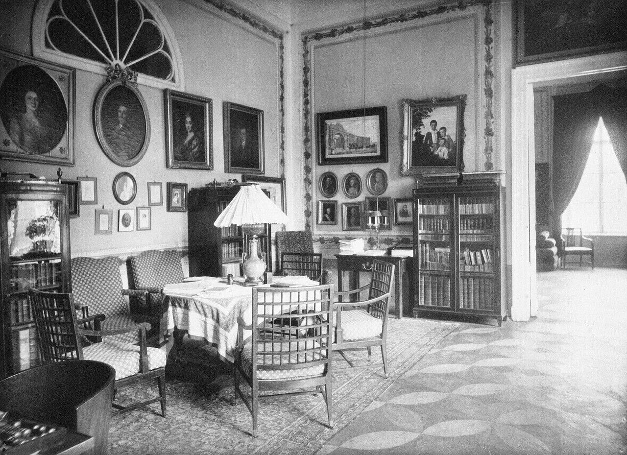 Кабинет в Шереметевском дворце на Фонтанке
