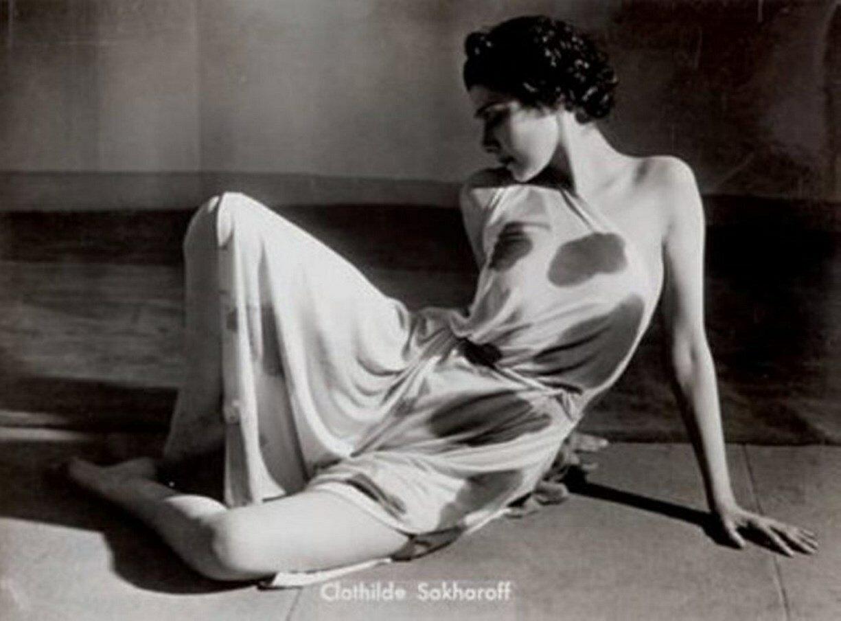 1939. Клотильда Сакарофф. Прелюдия к «Послеполуденному отдыху фавна»