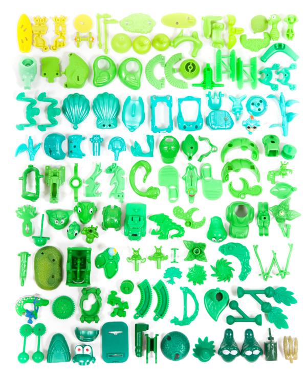 Kinder Surprise collection sorted, Aline Houdé-Diebolt280.jpg