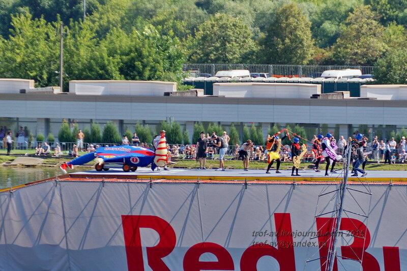 Команда буратино, Фестиваль Red Bull Flugtag 2015, Москва