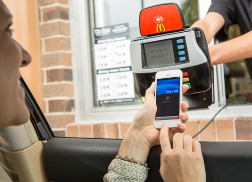 mcdonalds-drive-thru-apple-pay-iphone-nfc.jpg