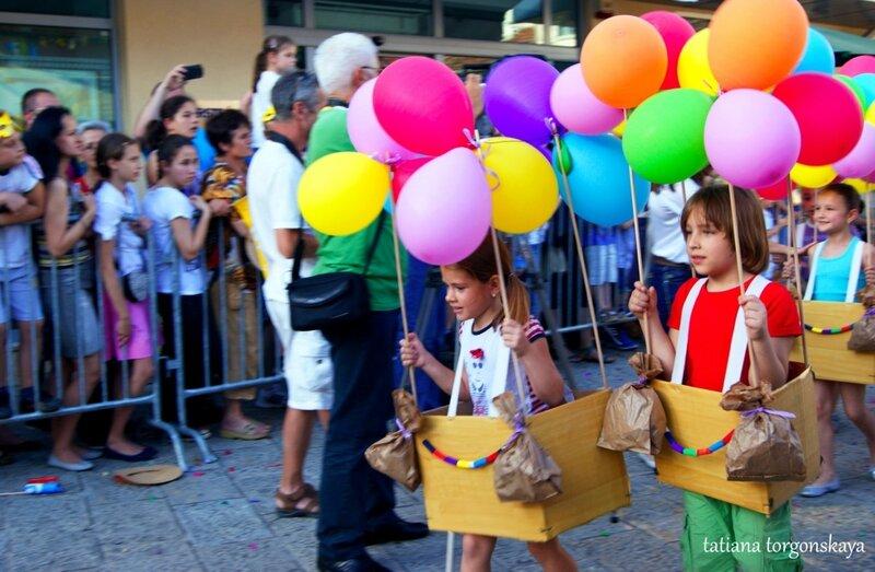 Участники карнавала
