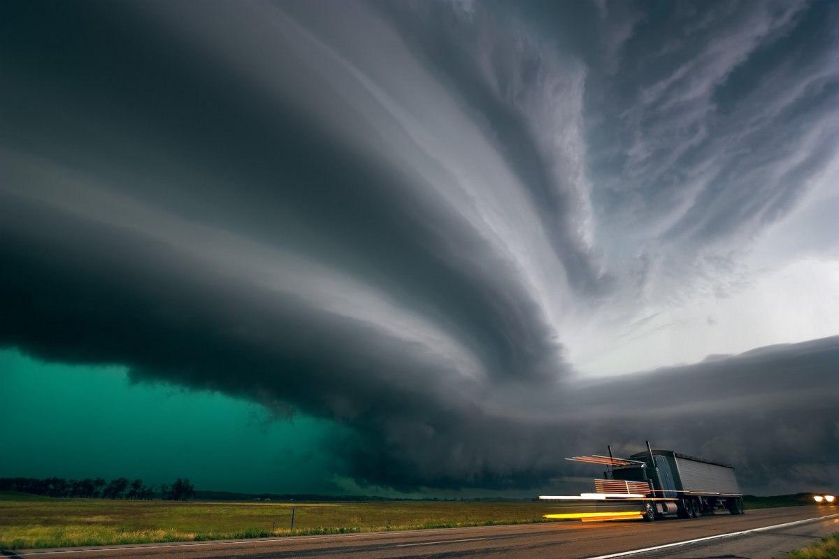 Самый мощный торнадо фото отель