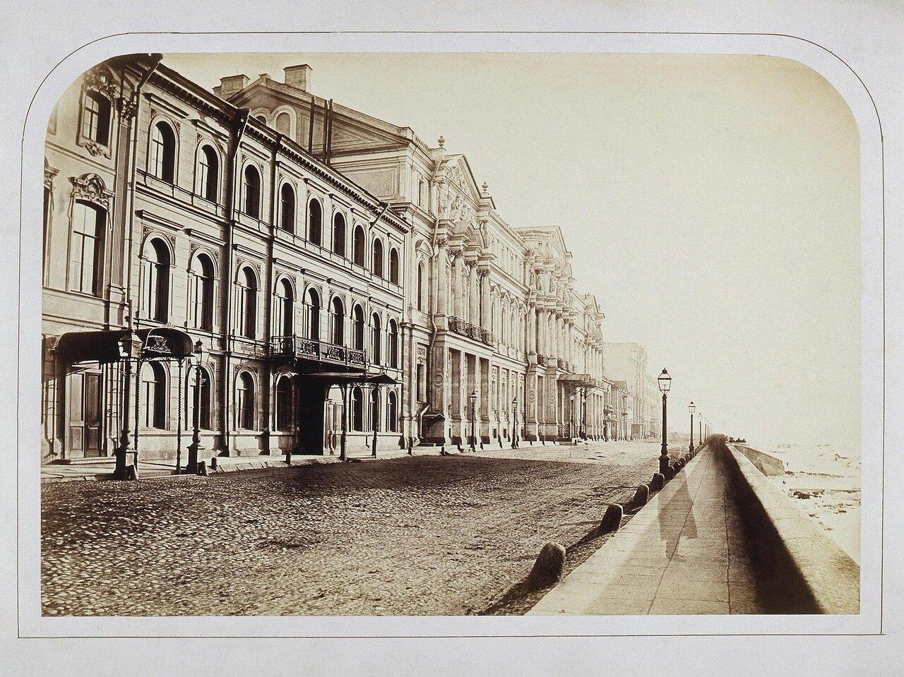 Вид набережной Невы со зданием Ново-Михайловского дворца