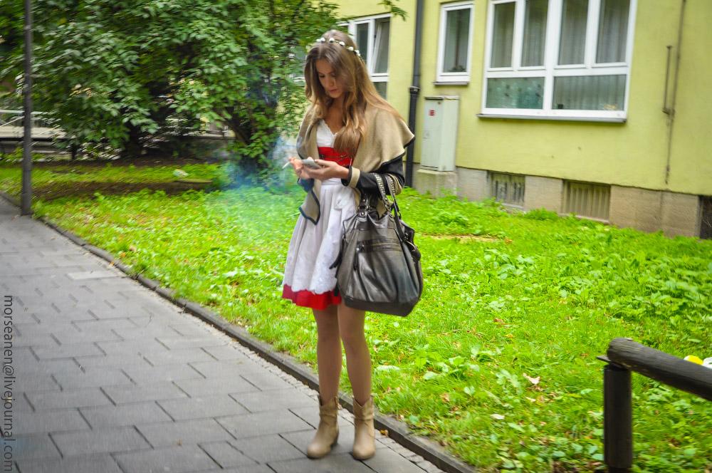 Женские выпуклости и впадины на Октоберфесте girls-Oktoberfest-(2).jpg