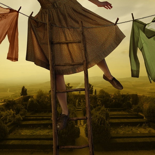 Women on the edge, Tom Chambers80.jpg