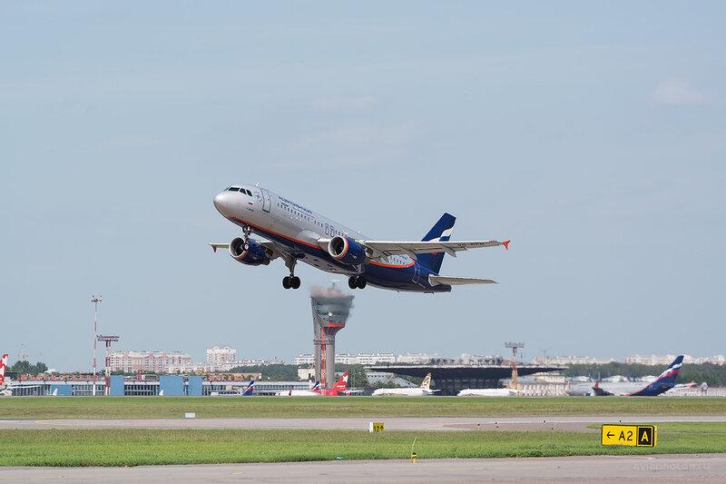 Airbus A320-214 (VQ-BCM) Аэрофлот D805959
