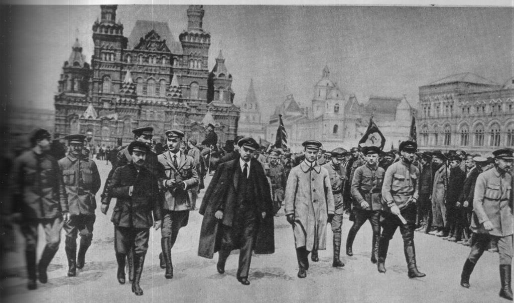 Ленин на Красной площади. 1919 г.