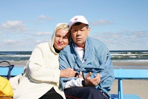 Караченцов с женой