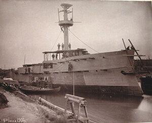 Канонерская лодкаКореец на стапеле Путиловского завода во время завершающегоэтапа постройки.