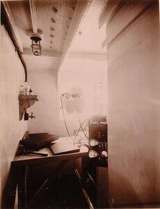 Вид части рентгеновского кабинета оборудованного в одном из помещений плавучего госпиталя Орёл.