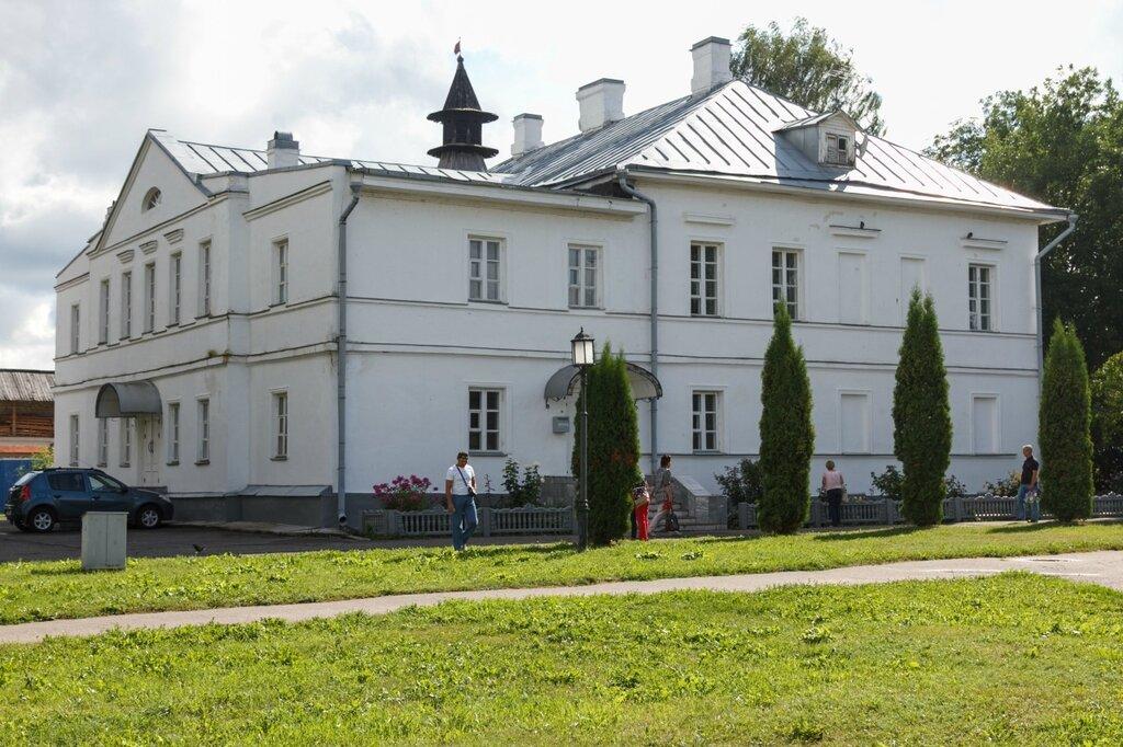 Дом причта и гостевой дом, Псковский Кром