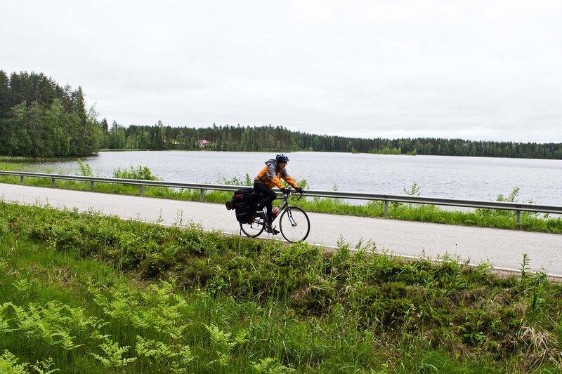 озеро Iso-Jurvo по дороге в Суолахти (Suolahti)