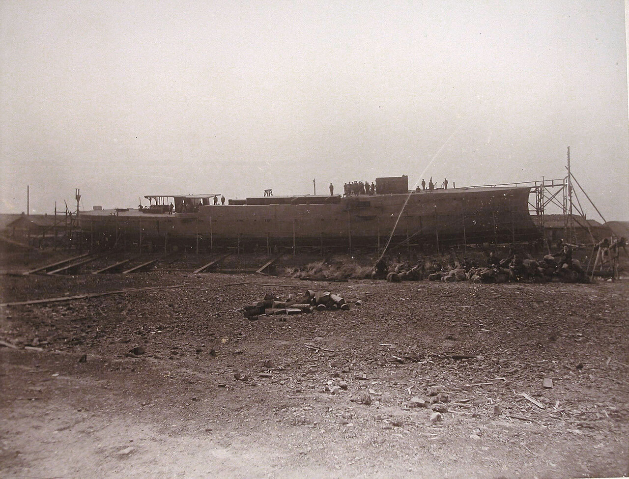 23. Вид построенного корпуса канонерской лодки «Кореец». 1906