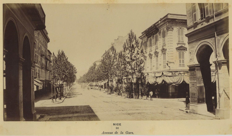 Авеню ле Гар