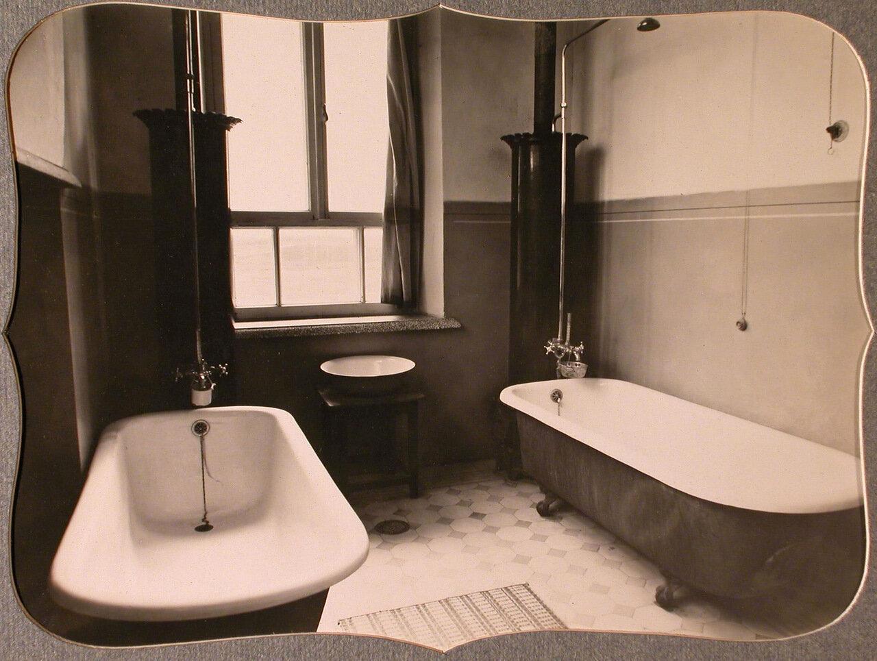 13. Вид ванной комнаты общины