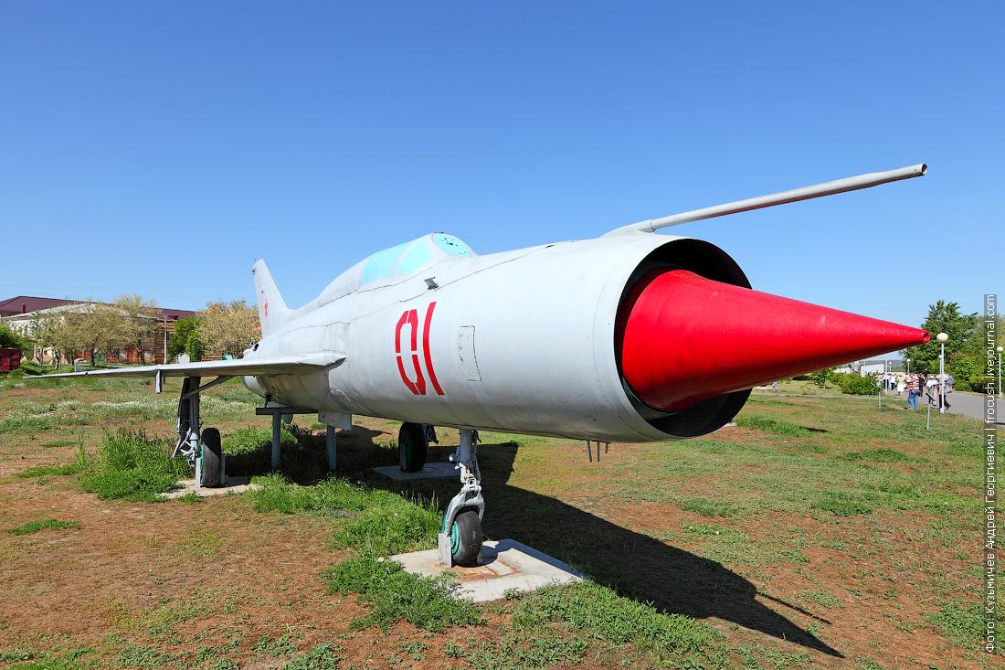 Истребитель МиГ-21 круиз на Руси Великой