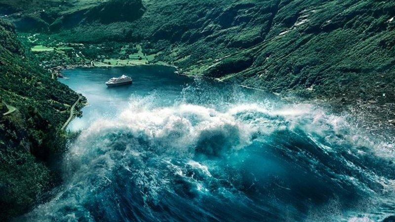 Волна надвигается