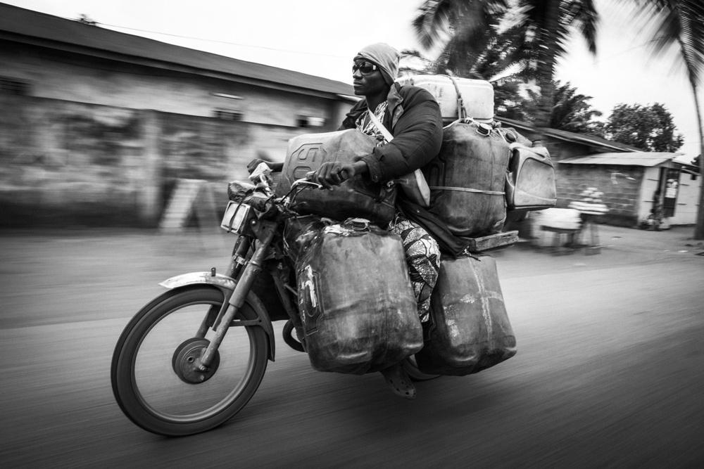 Бензиновая мафия Бенина