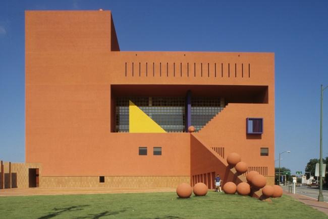 Библиотека вСан-Антонио, США. Также смотрите: Живопись для чайников