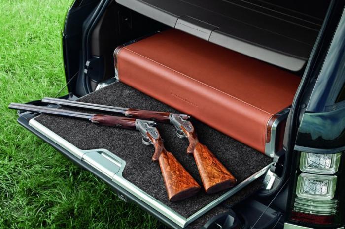 Внедорожник Range Rover для поездки на охоту