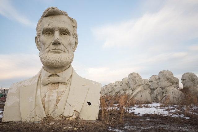 Abraham Lincoln in front of presidential busts. (Photo by David Ogden/Caters News)