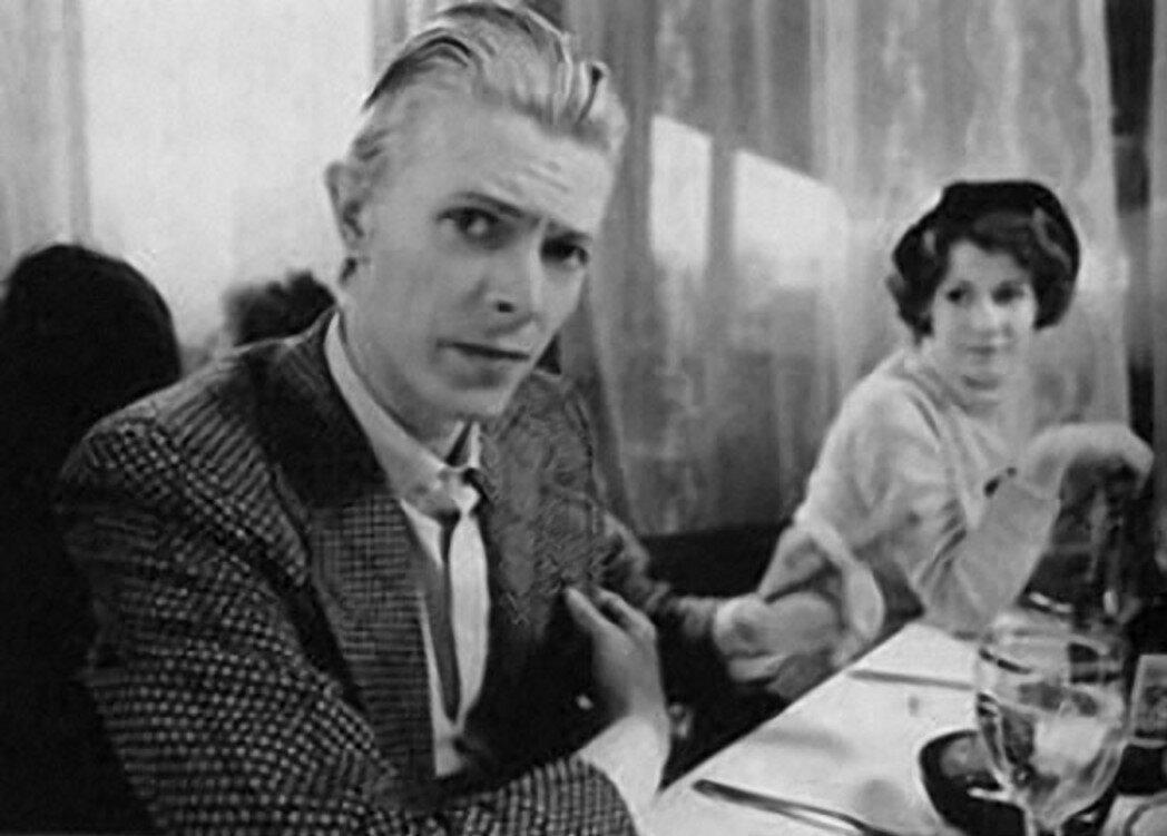 1976. Дэвид Боуи и Коринн Шваб