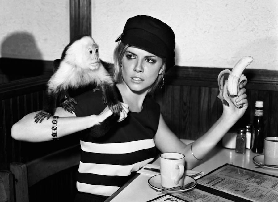 Актриса и фотомодель Сиенна Миллер.
