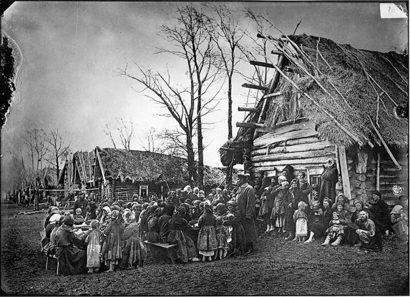 Народная столовая в деревне Пралевке Лукояновского уезда. 1891-1892 гг. Негатив 18 ? 24 см.